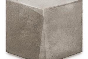 Achim Daeschner_Würfel Nr3_2015 3D-Beton geölt_70x70cm